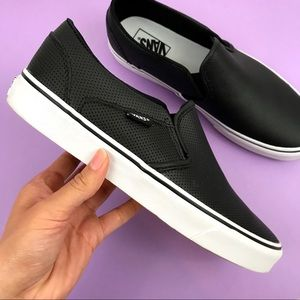 VANS Asher Perforated Slip On